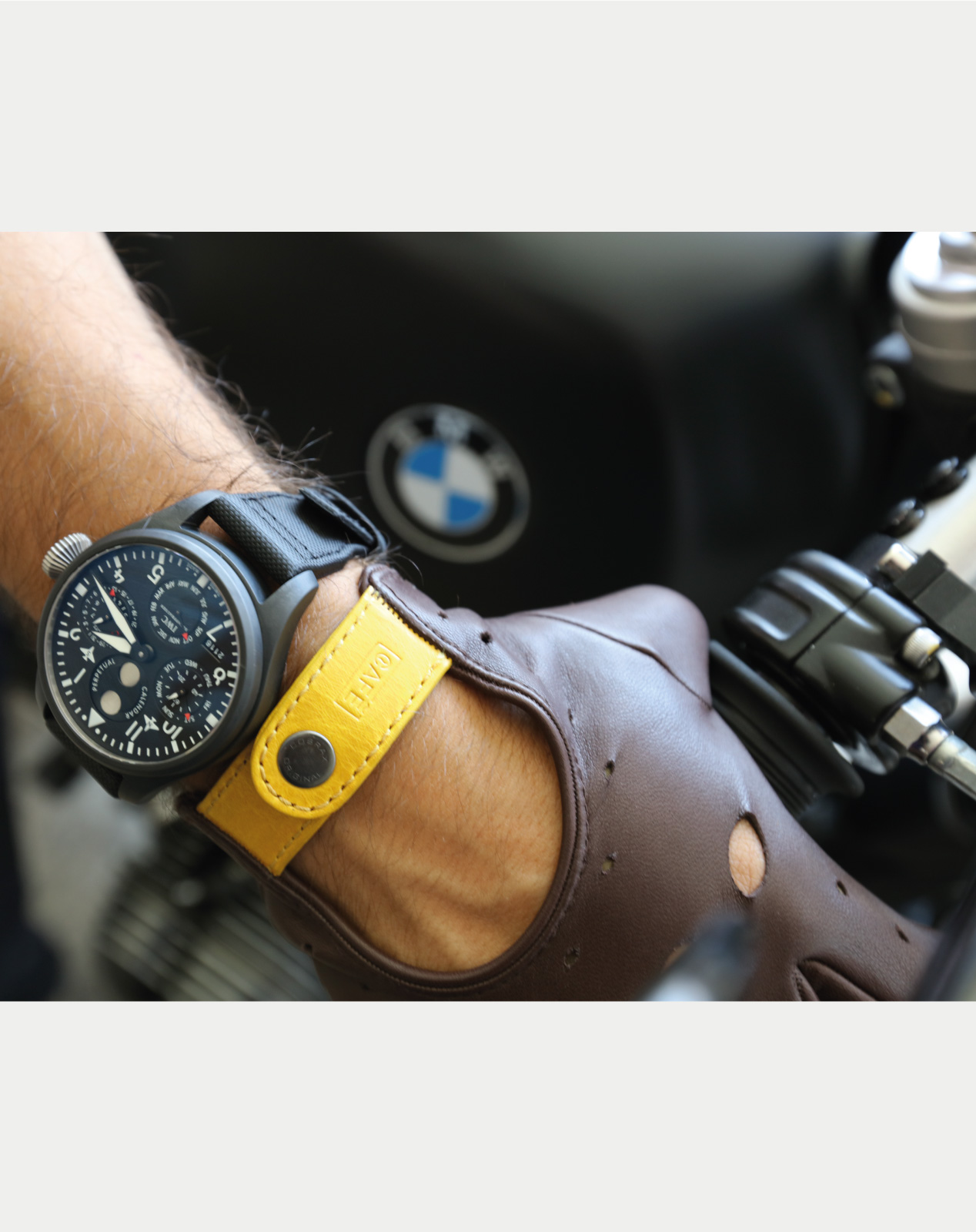 driving-leather-gloves