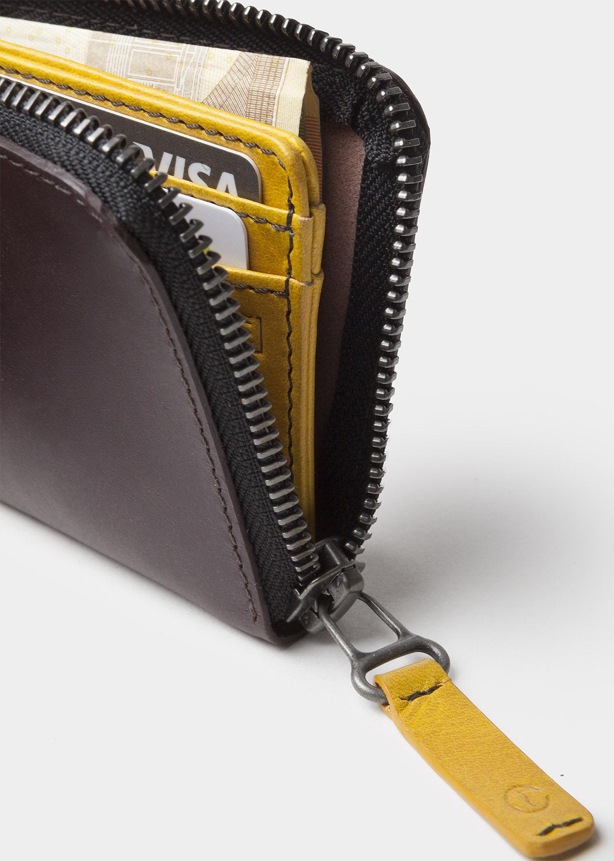 zip wallet black open